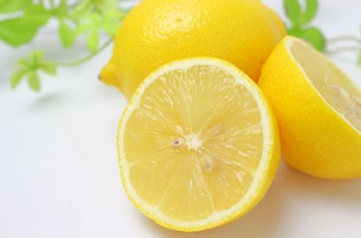 レモン、酸っぱいもの