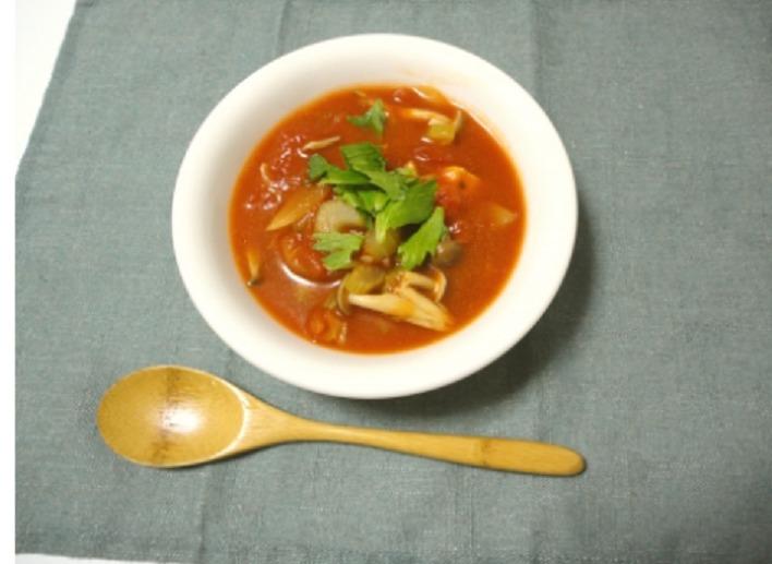 干し椎茸とさば缶のトマトシチュー
