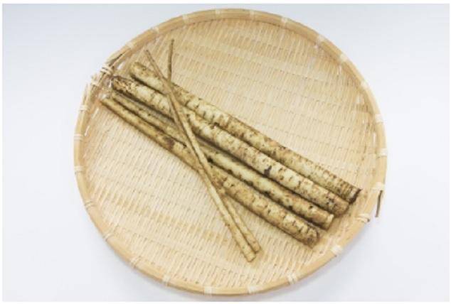 すりおろしごぼうと里芋の味噌汁
