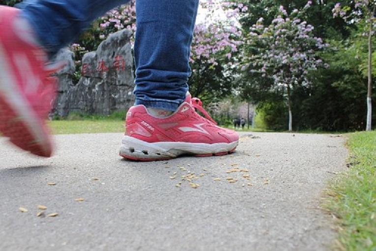 足のセンサー改善運動