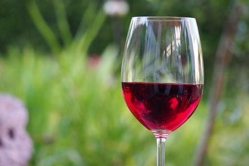 赤ワインのシミ