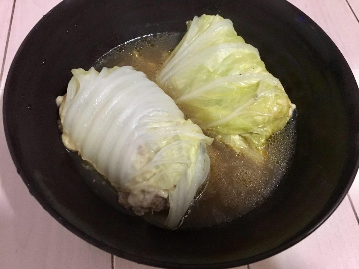 鶏むね肉とひき肉のロールレタスの作り方(工程12)