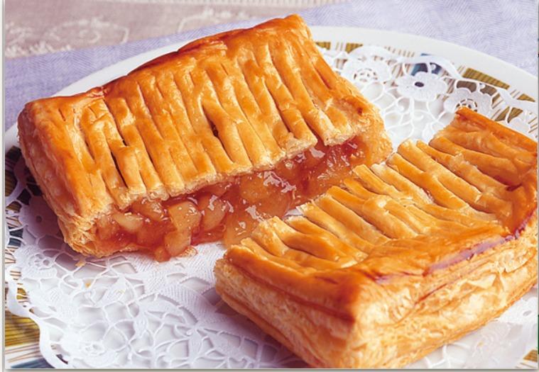 焼きたてアップルパイ