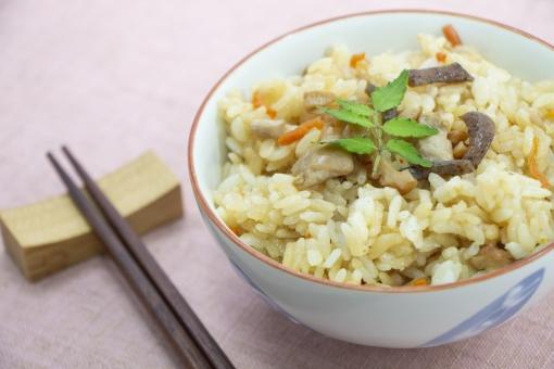 おかずいらずの炊き込みご飯レシピ