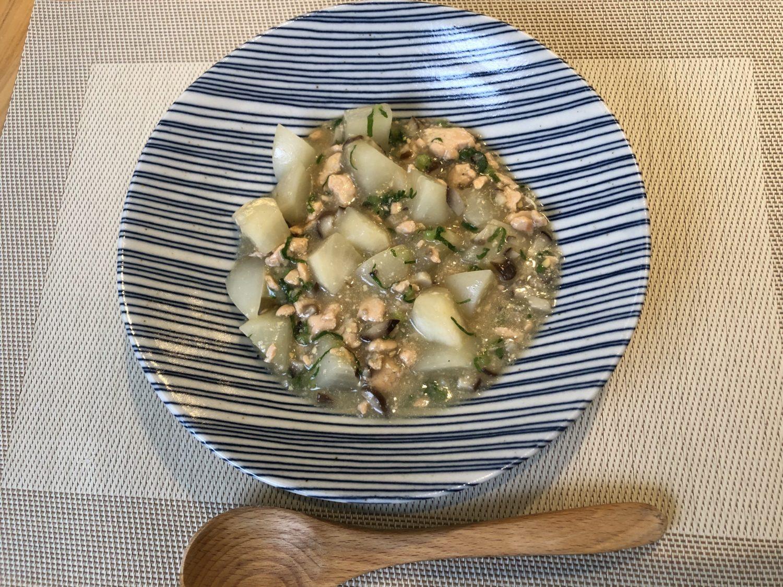 家政婦マコさんの秋鮭とカブの麻婆豆腐風