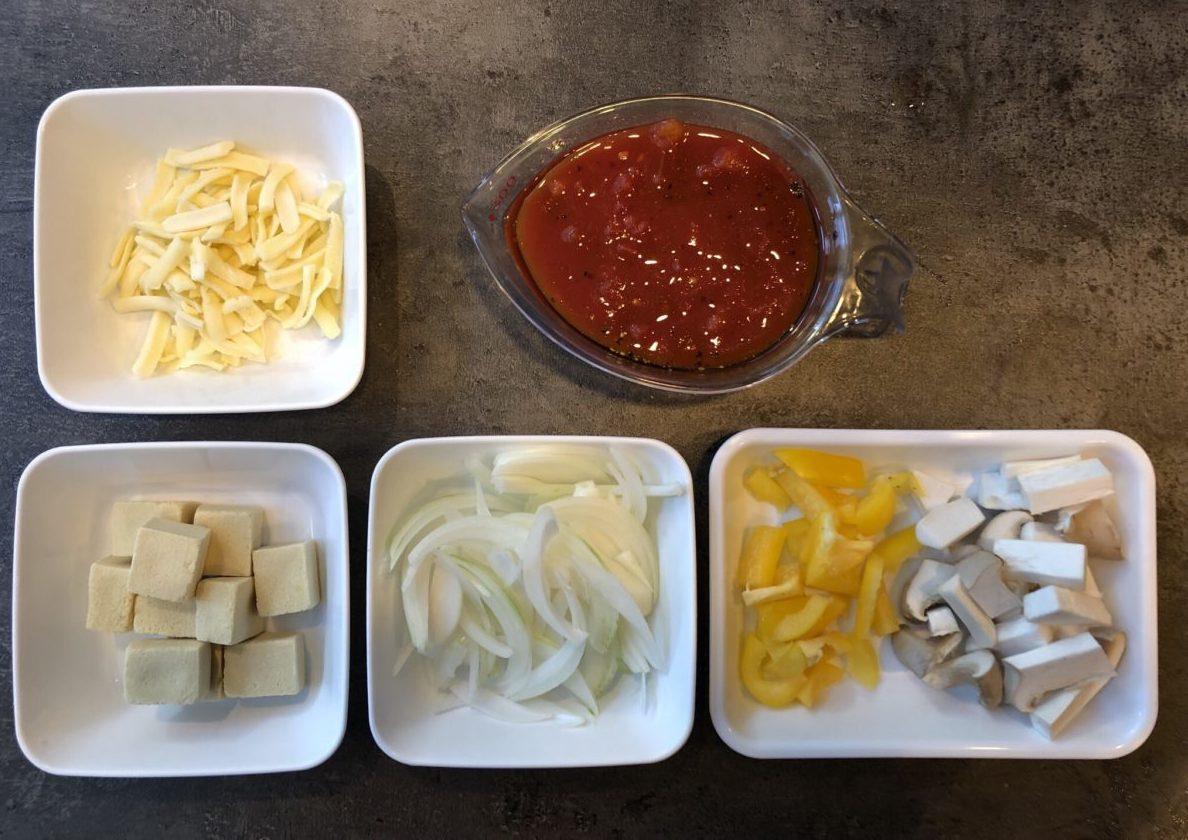 高野豆腐のトマトマカロニ風グラタンの作り方(工程1)