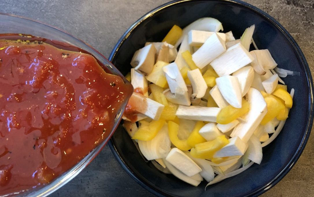 高野豆腐のトマトマカロニ風グラタンの作り方(工程2)
