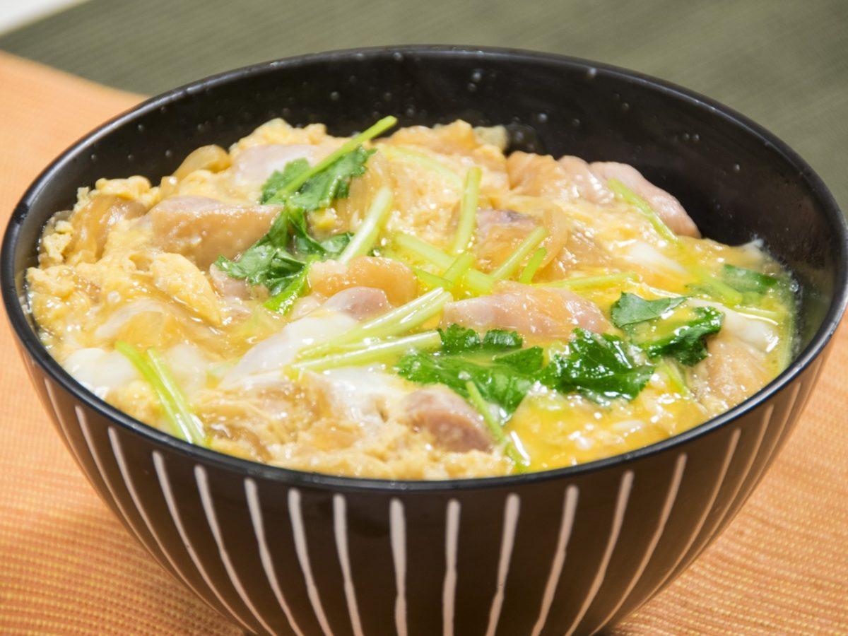 にじいろジーンの親子丼レシピ