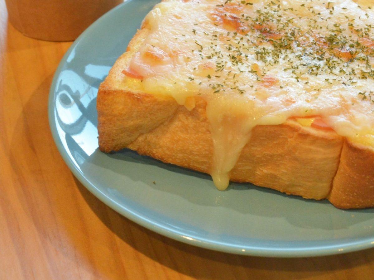 家事ヤロウのカニクリームトーストのレシピ