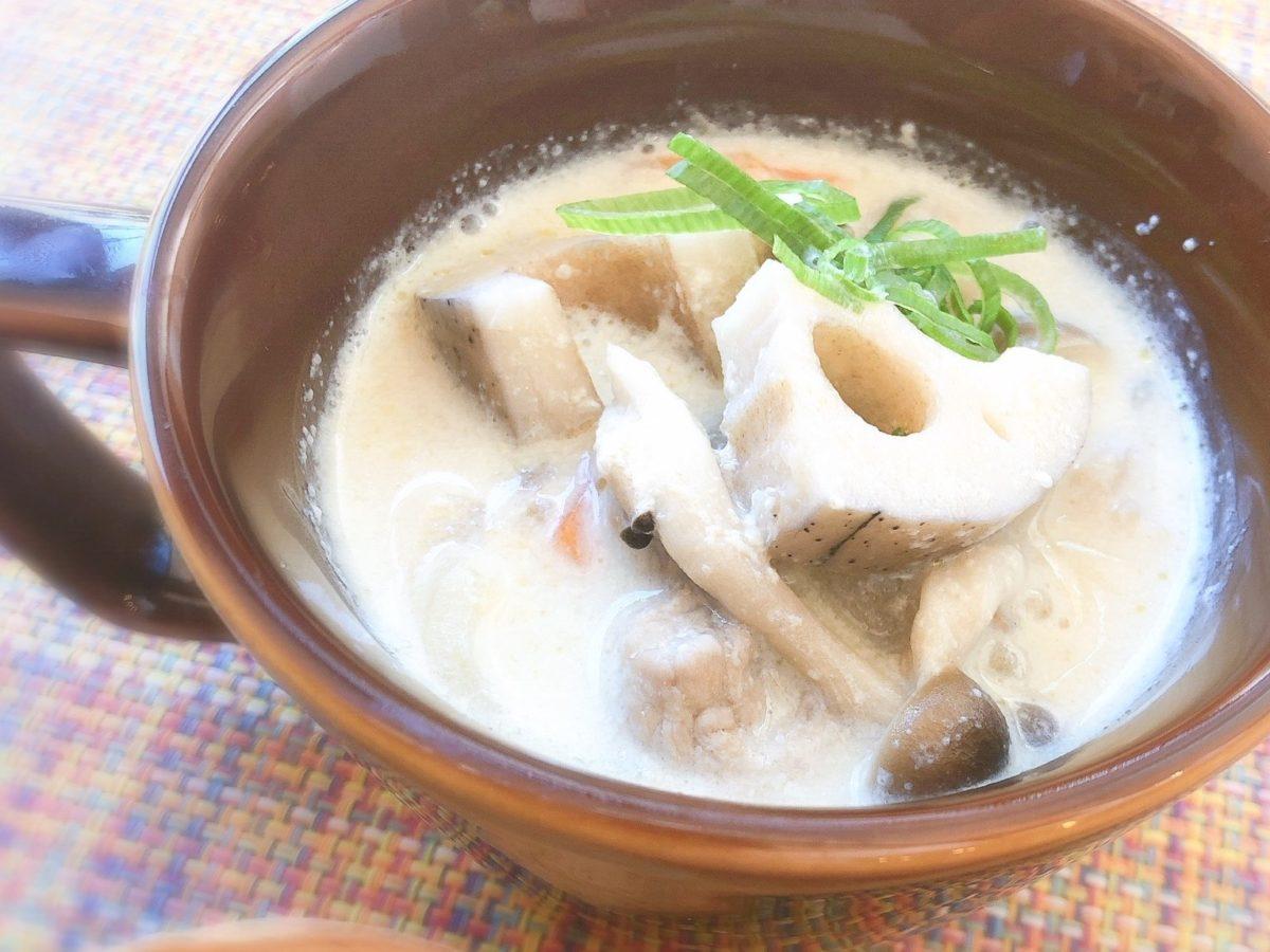 スッキリ!Atsushi(あつし)の豚肉とレンコンの豆乳みそ美腸(びちょう)スープのレシピ