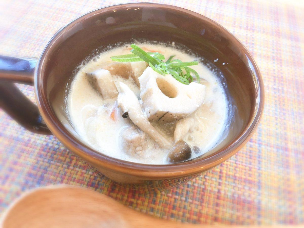 Atsushi(あつし)の豚肉とレンコンの豆乳みそ美腸(びちょう)スープのレシピ