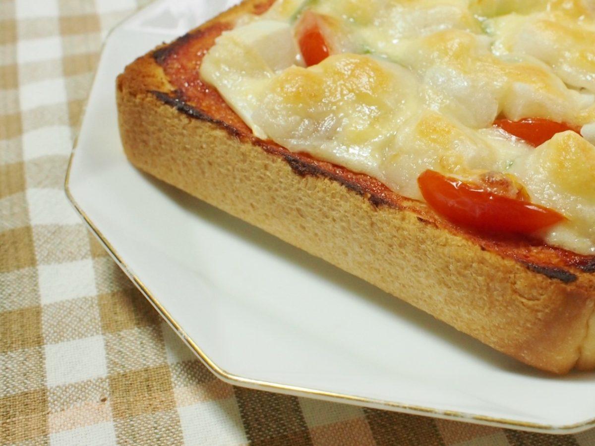 メレンゲの気持ちの片岡シェフのトマトソースピザトーストのレシピ