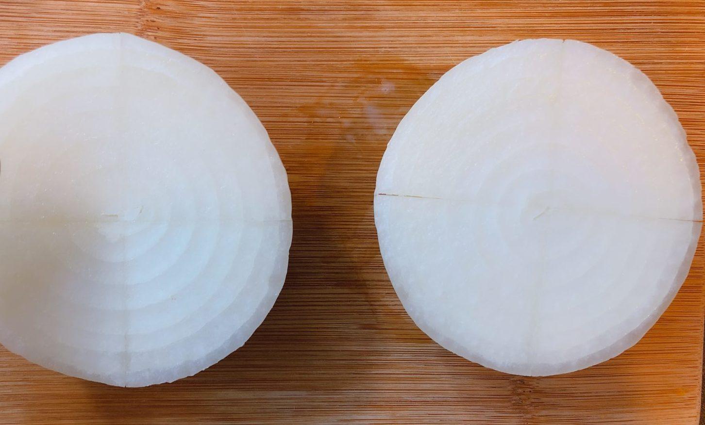 玉ねぎ丸ごとチーズ焼きの作り方(工程1)