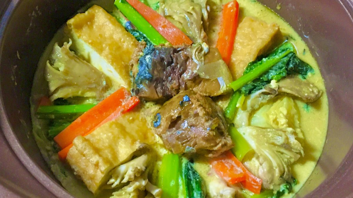 サバ味噌煮缶鍋