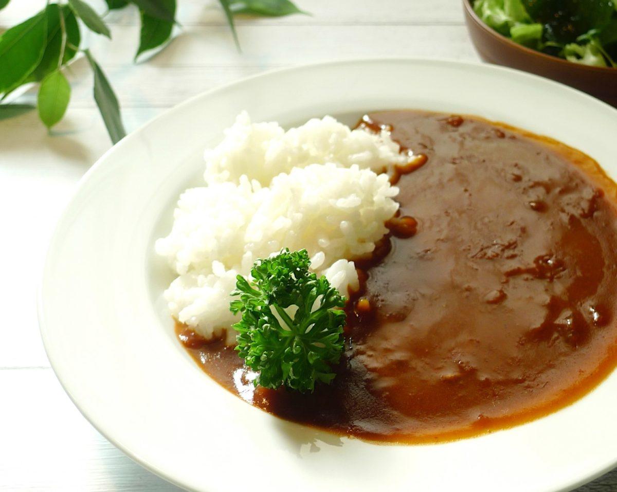 ごごナマの牛肉大和煮缶詰のハヤシライスレシピ