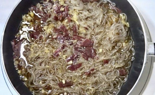 ビーフジャーキー佃煮の作り方(工程3)