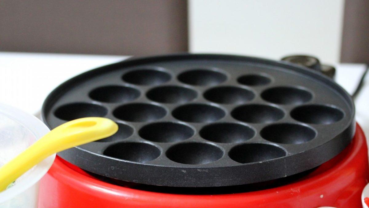 たこ焼き器で一口ピザのレシピ