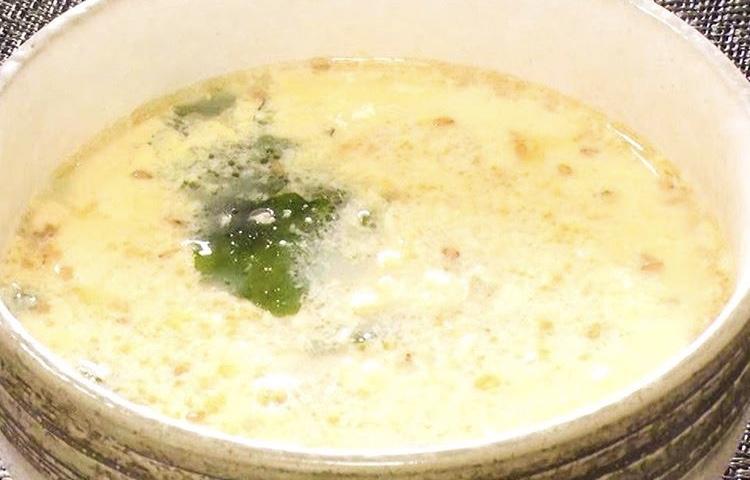餅入りわかめスープ