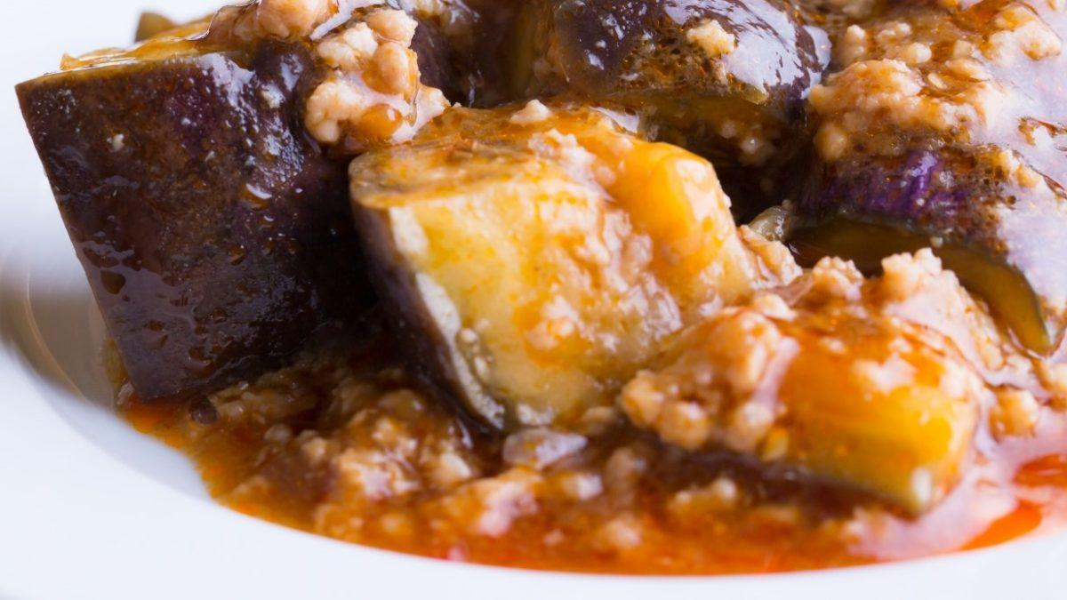 沸騰ワードの丸ごとなすの牛肉カレー餡レシピ