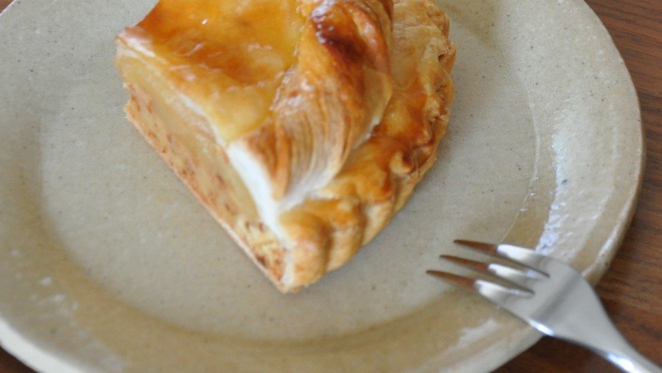 あさイチの餃子の皮でアップルパイ