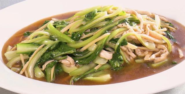 鶏むね肉とチンゲンサイの中華炒め