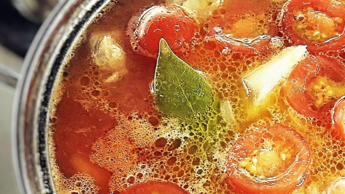 世界一受けたい授業のサバ缶とトマトの鍋レシピ