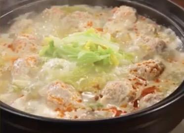 白菜で豆乳担々麵